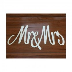 Mr&Mrs fa felirat (74 cm)